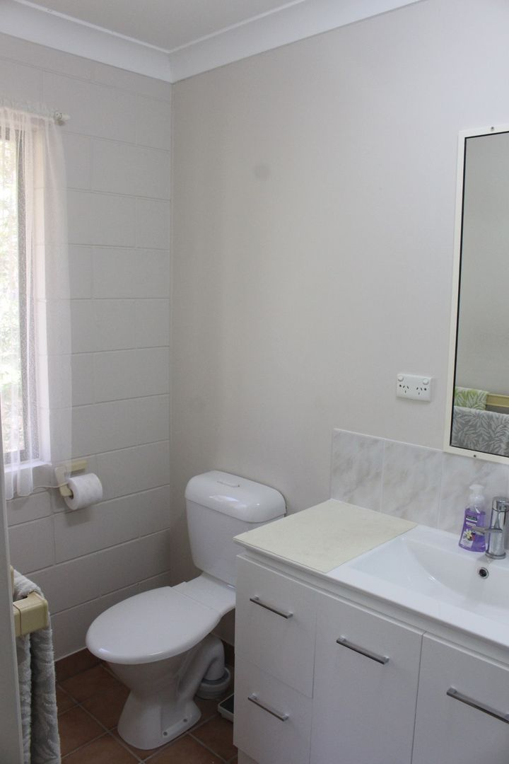 28 Rowe Street, Mosman Park QLD 4820, Image 2