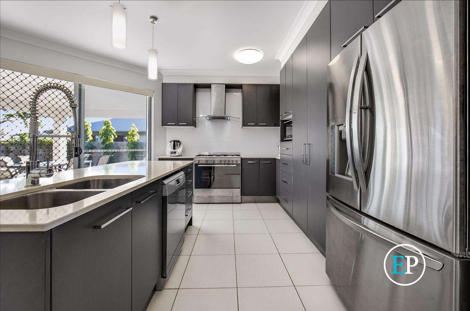 22 Huntswood Court, Kirwan QLD 4817, Image 2