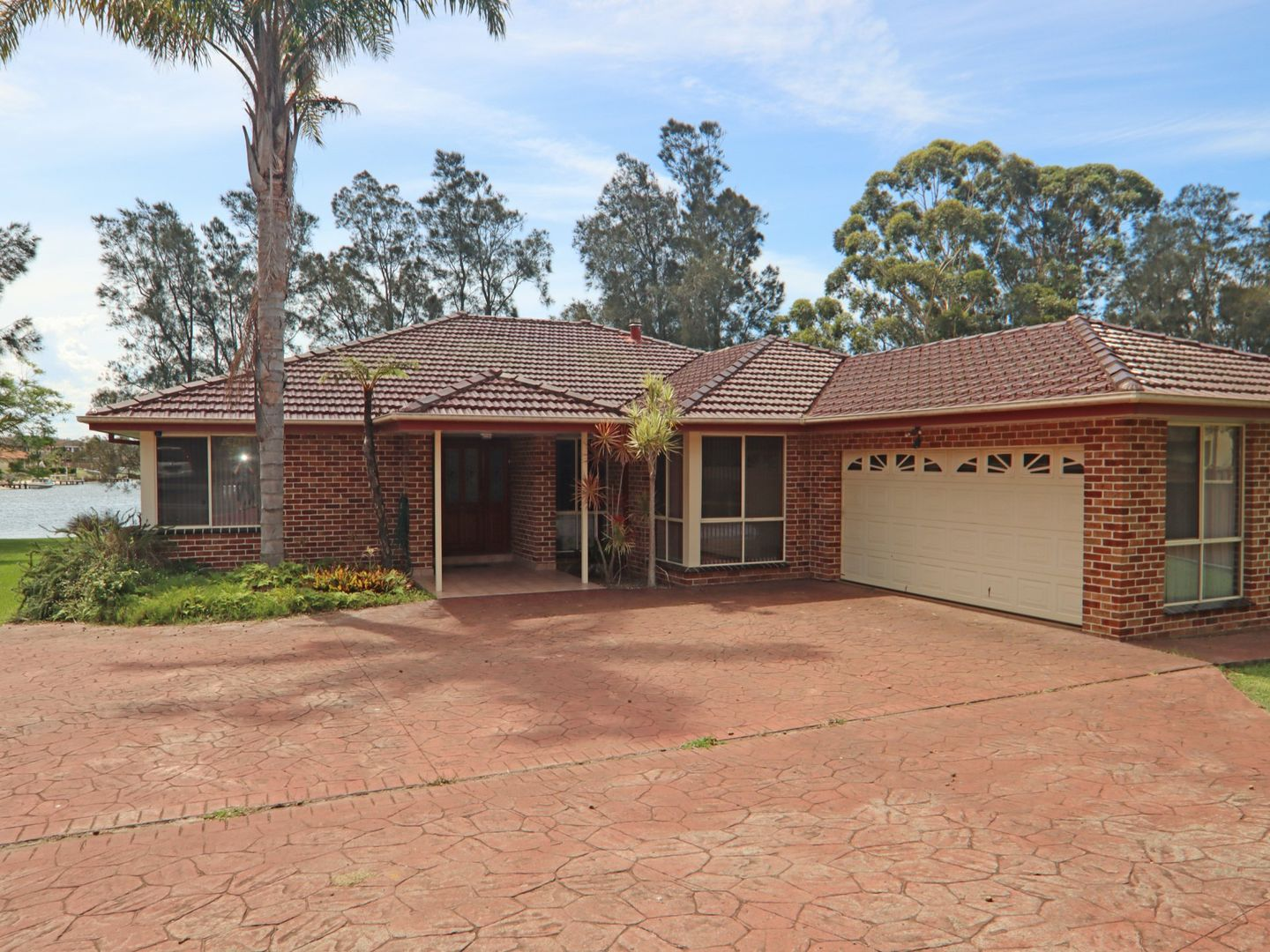 41 Ray Street, Sussex Inlet NSW 2540, Image 2