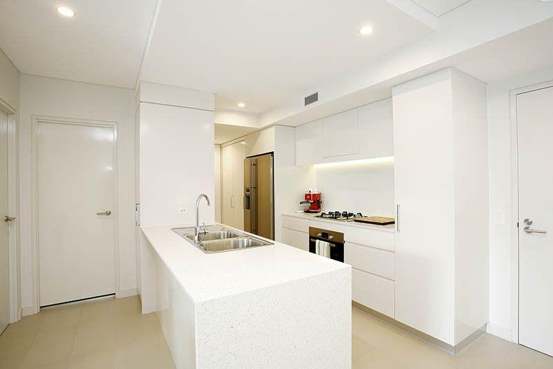 2410/25 Anderson Street, Kangaroo Point QLD 4169, Image 1