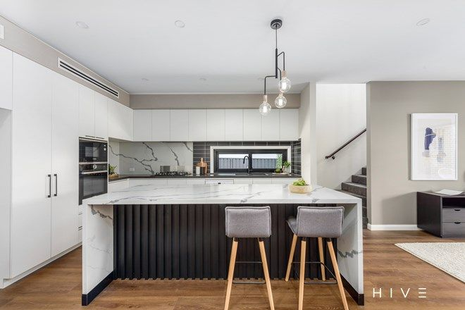 Picture of 2/324 Antill Street, HACKETT ACT 2602