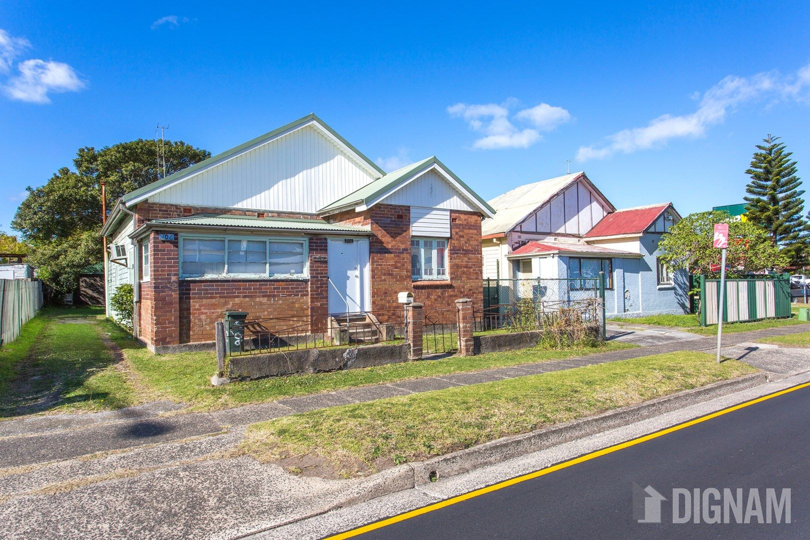 206 Princes Highway, Fairy Meadow NSW 2519, Image 0