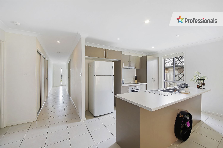 20 & 20A Furlong Drive, Currans Hill NSW 2567, Image 2
