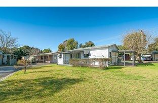 13 Brush Box Street, Lake Hume Village NSW 2640