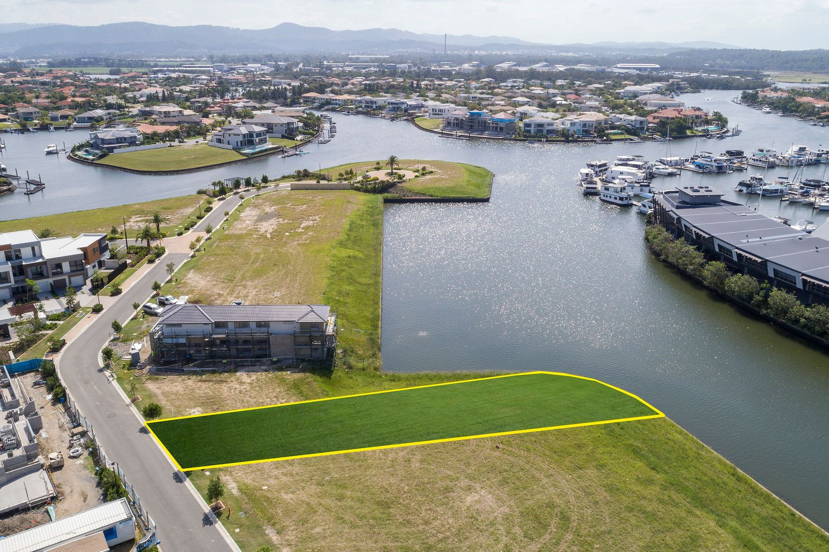 5031 Harbourview Drive, Hope Island QLD 4212, Image 1