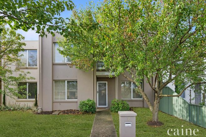 Picture of 7 Taunton Place, LAKE GARDENS VIC 3355