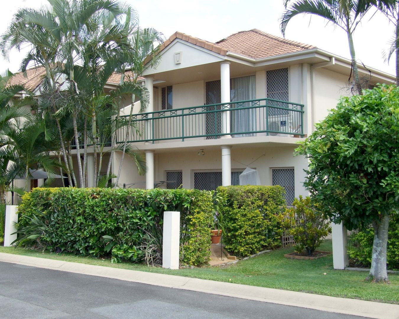 8/5 Bronberg Court, Southport QLD 4215, Image 1
