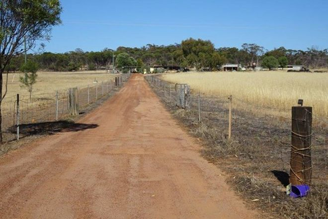 Picture of 13692 Great Southern Highway, WEST PINGELLY WA 6308
