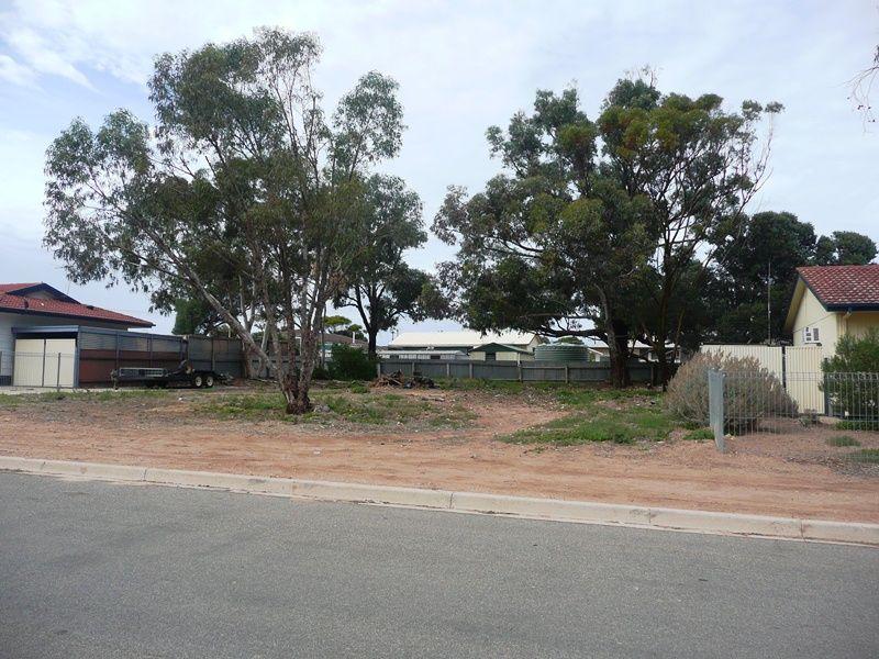 12 Mueller Street, Ceduna SA 5690, Image 2