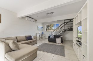 Picture of 1/329 Hume Street, South Toowoomba QLD 4350