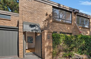 Picture of 2/284 Barkers Road, Hawthorn VIC 3122