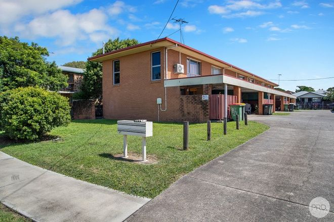 Picture of 1 & 2/8 Kenilworth Street, SOUTH MACKAY QLD 4740