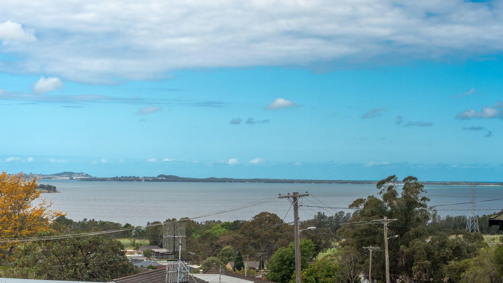 31 Wybalena Ave, Koonawarra NSW 2530, Image 1