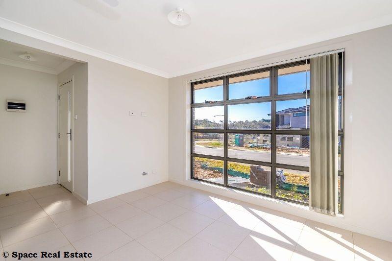 2 Holdsworth Street, Oran Park NSW 2570, Image 2
