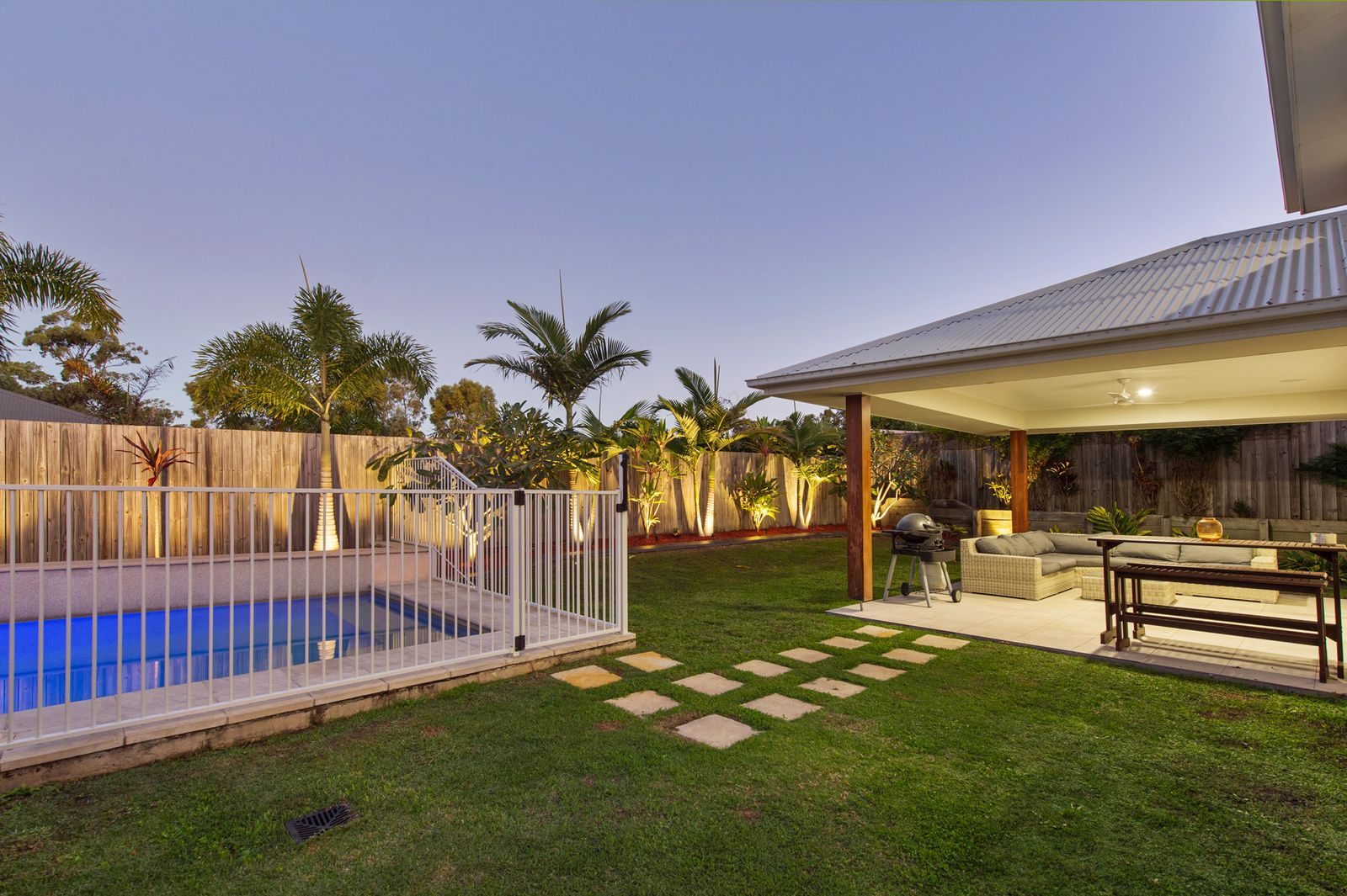 20 Fletcher Crescent, Pacific Pines QLD 4211, Image 1