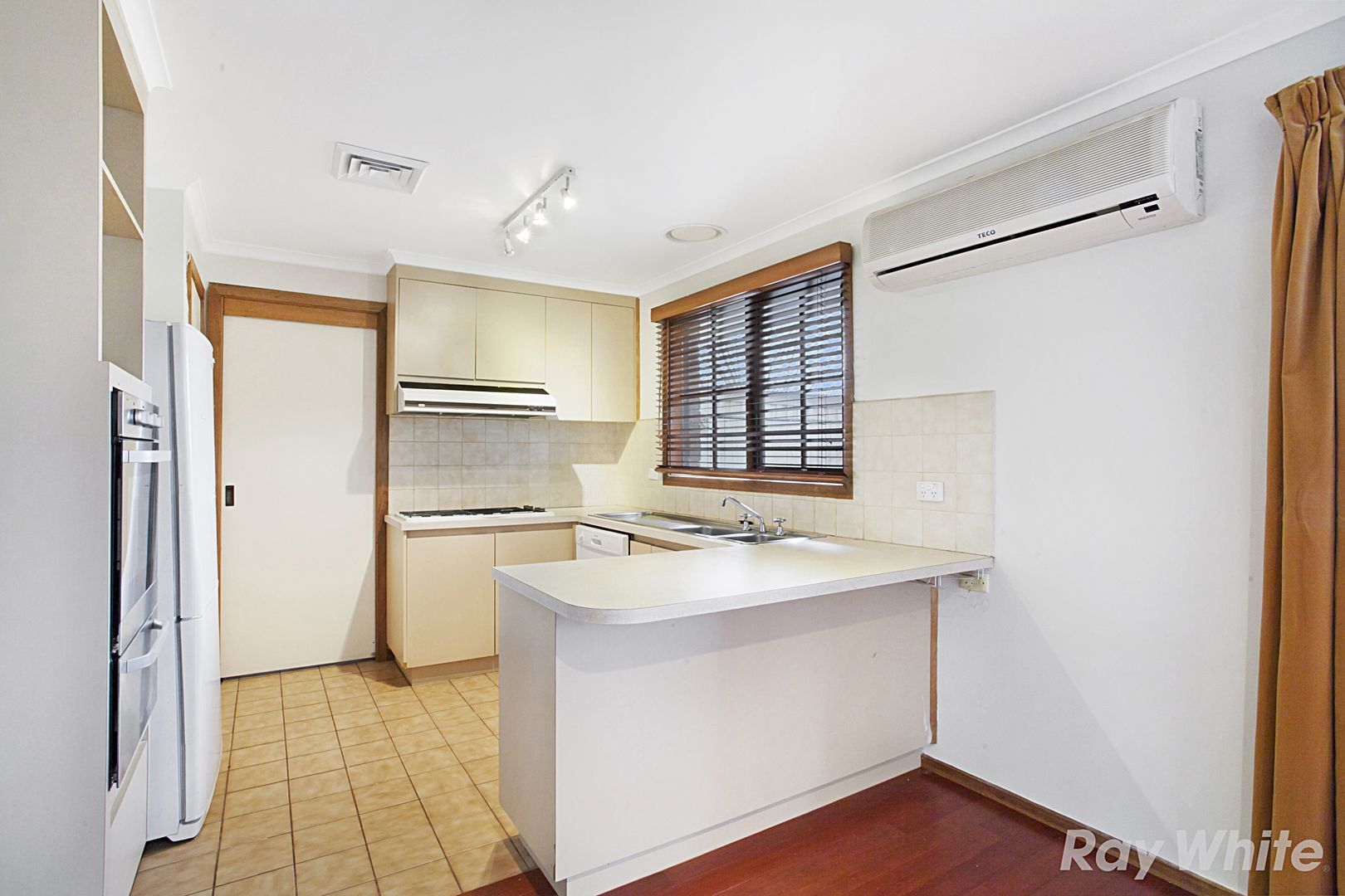 10 Trevena Close, Rowville VIC 3178, Image 0