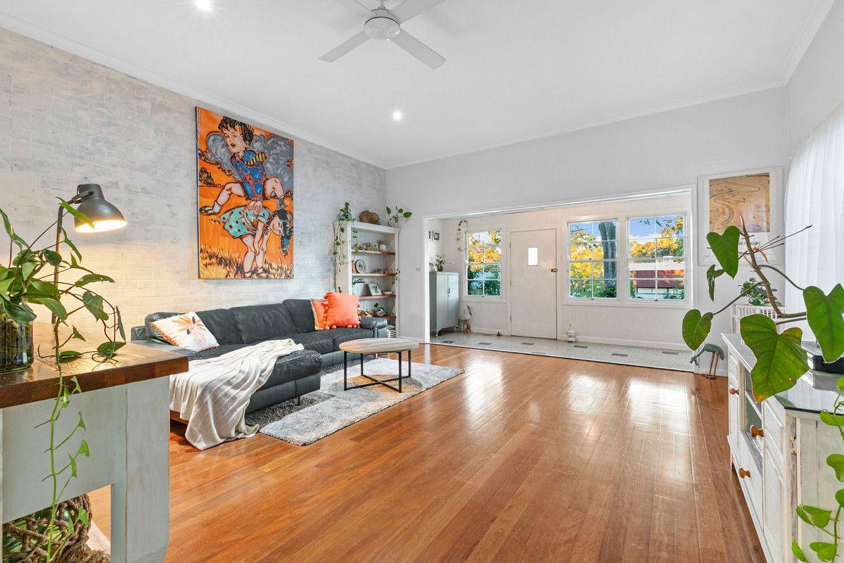 121 Burn Street, Camp Hill QLD 4152, Image 1