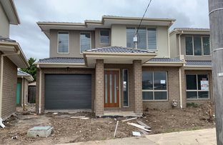 Picture of 2/114 Rokewood   Crescent, Meadow Heights VIC 3048