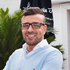 Theo Koutsikamanis, Sales representative