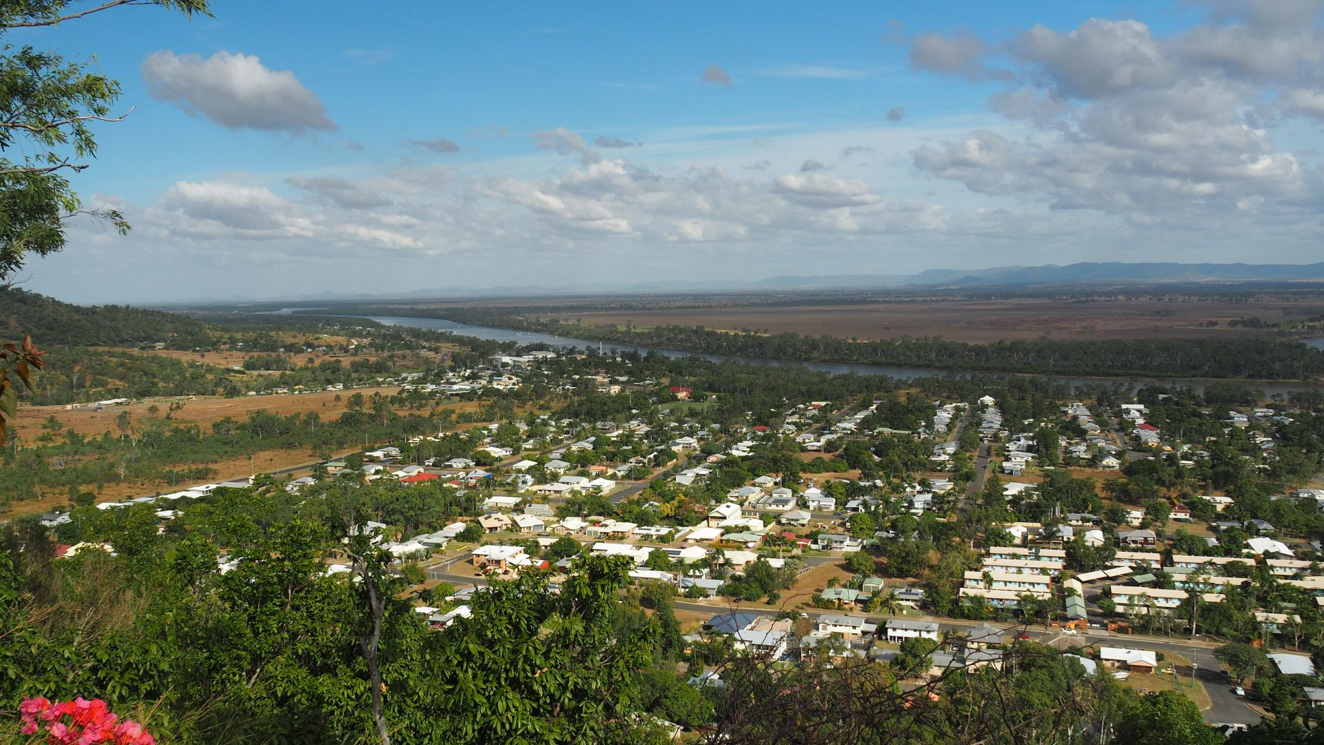200 Poinciana St, Koongal QLD 4701, Image 2