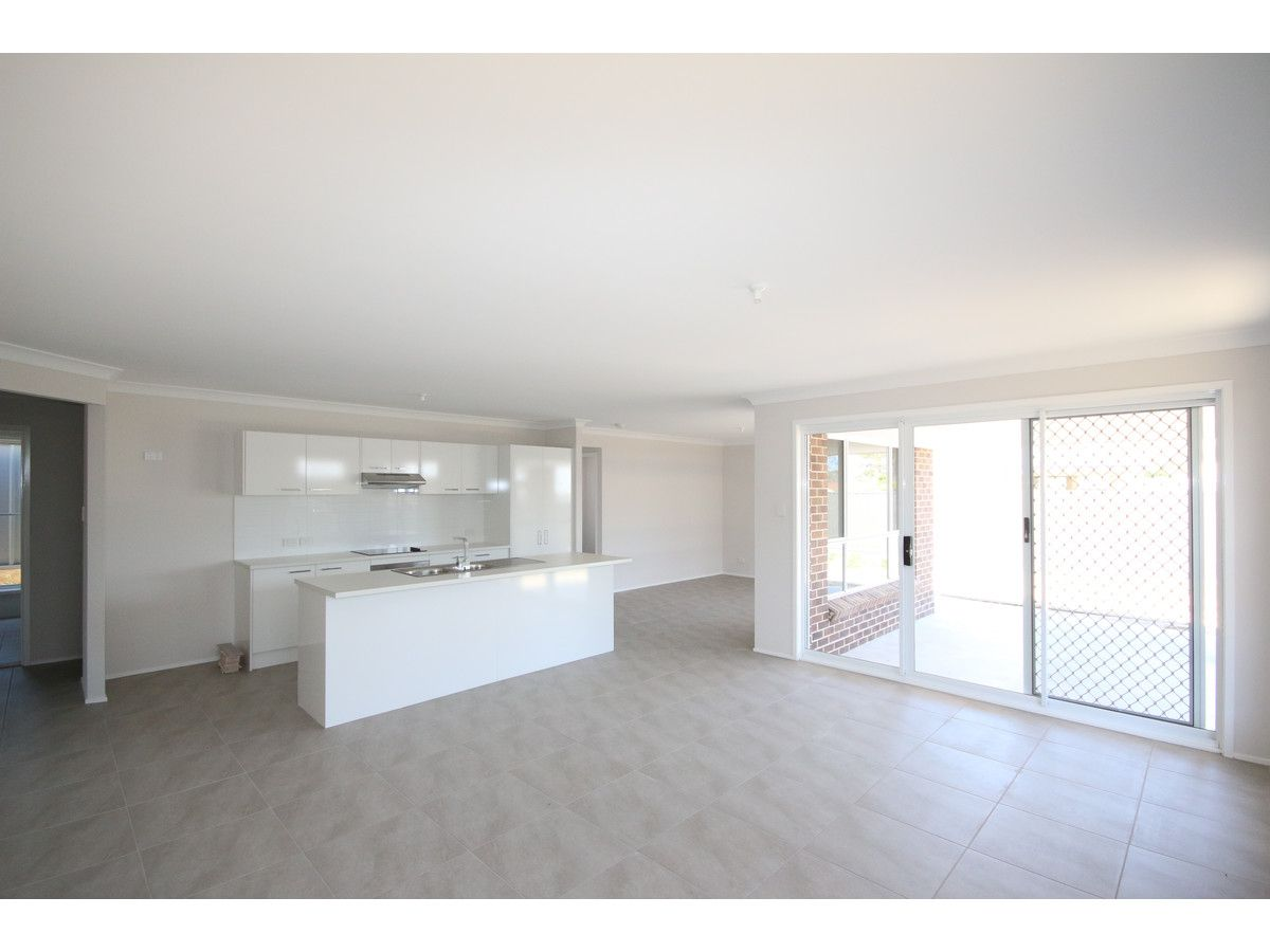 27A Kean Avenue, Sanctuary Point NSW 2540, Image 2