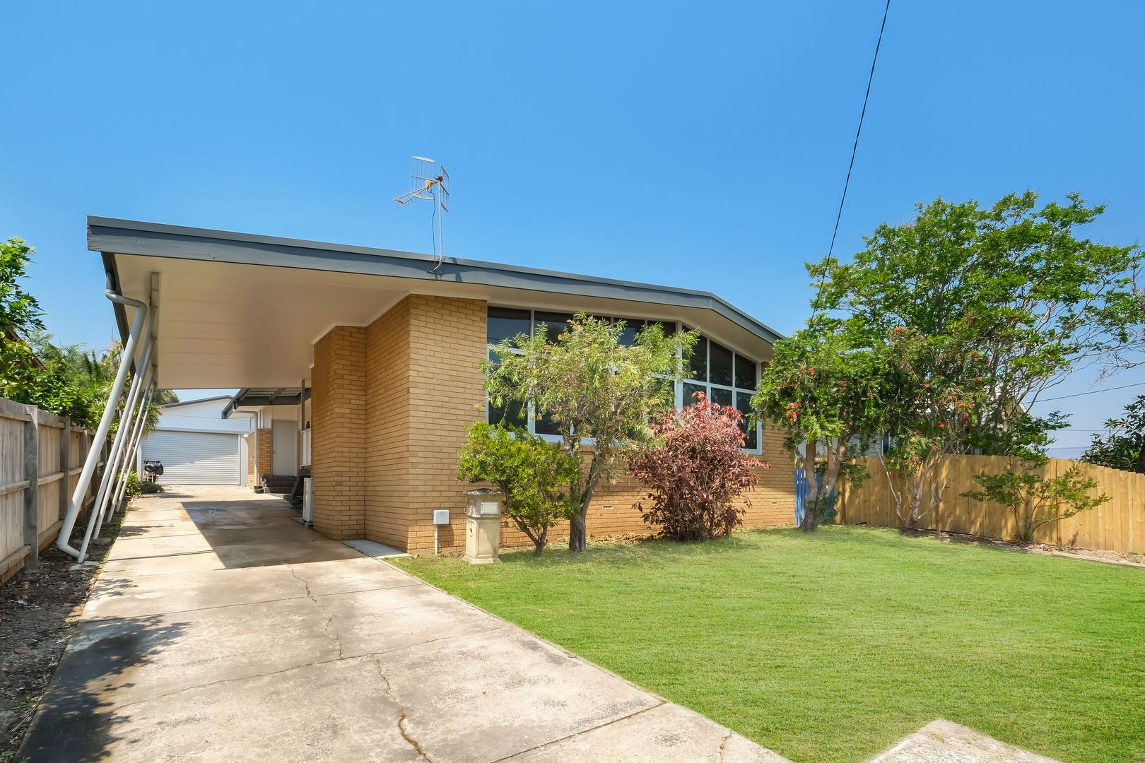 14 Carlyon Street, Killarney Vale NSW 2261, Image 0