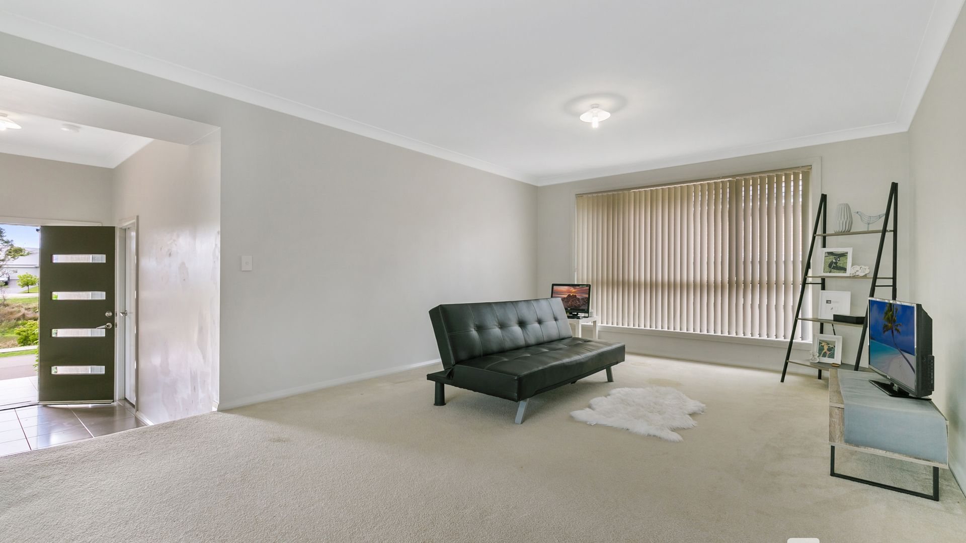 17 River Oak Avenue, Gillieston Heights NSW 2321, Image 2