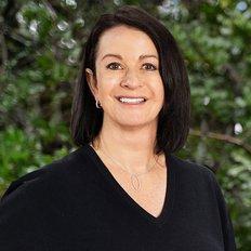 Kelly Qualtrough, Sales representative