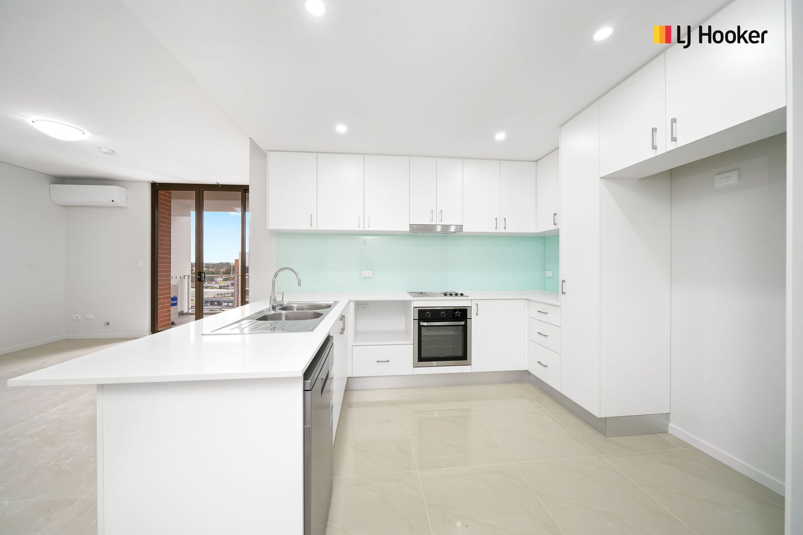99-107 The Crescent, Fairfield NSW 2165, Image 2