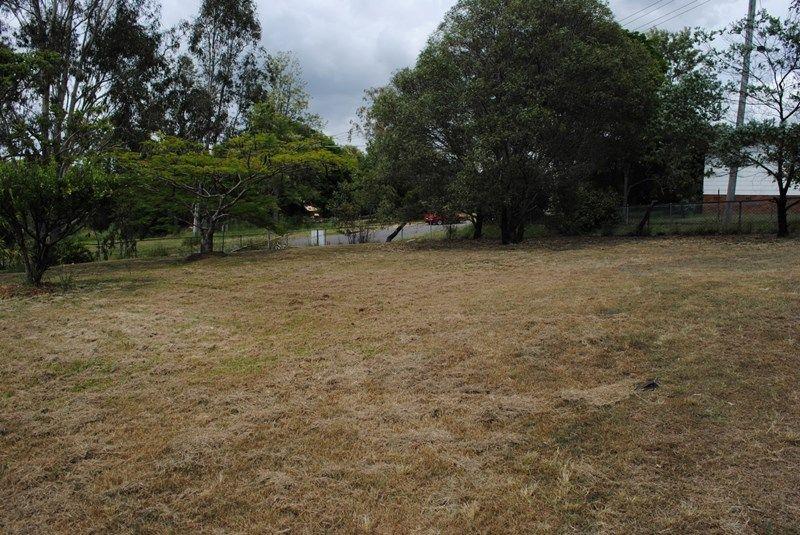 24 King Street, Dinmore QLD 4303, Image 2
