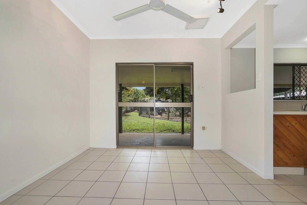 24 Meston Crescent, Brinsmead QLD 4870, Image 2