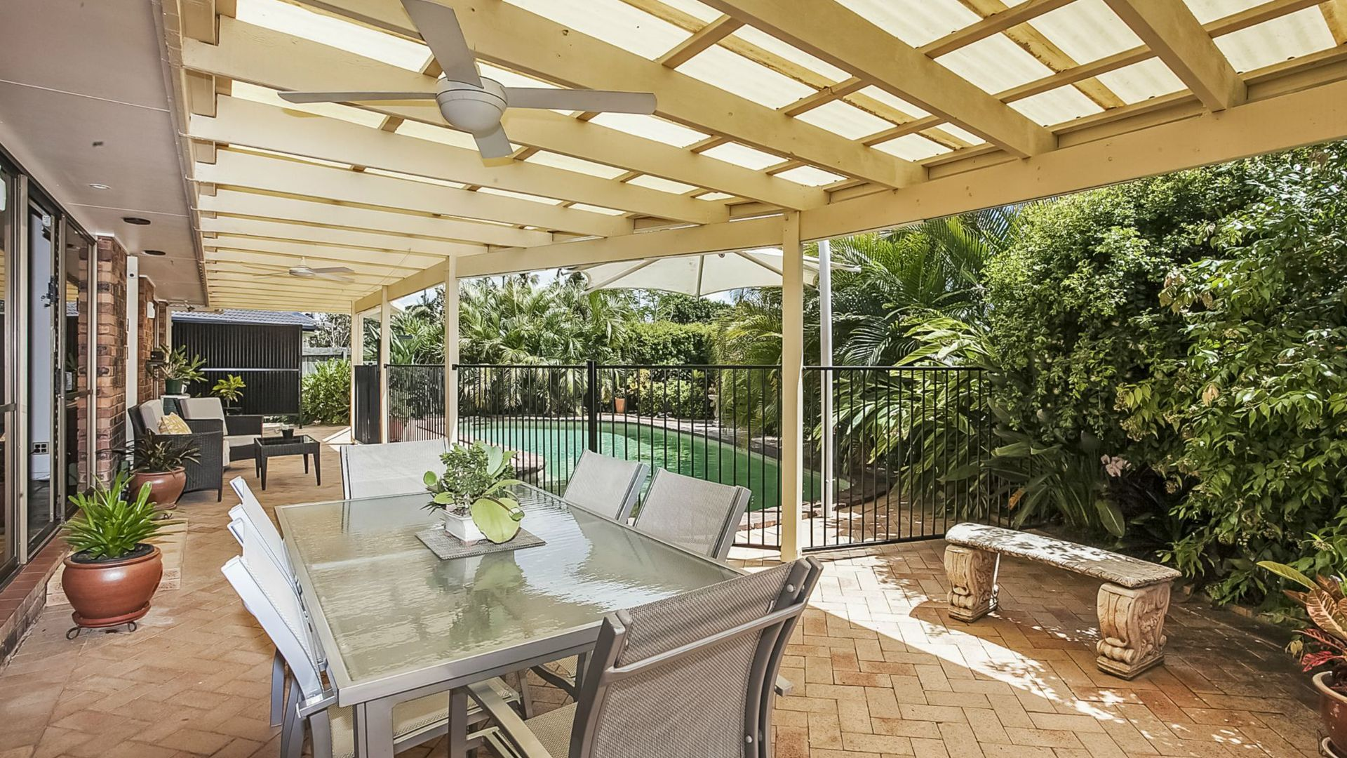 3 Swan Place, Burleigh Waters QLD 4220, Image 1