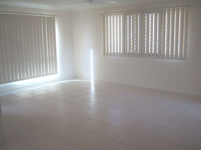 52 Cremorne Drive, Tannum Sands QLD 4680, Image 2