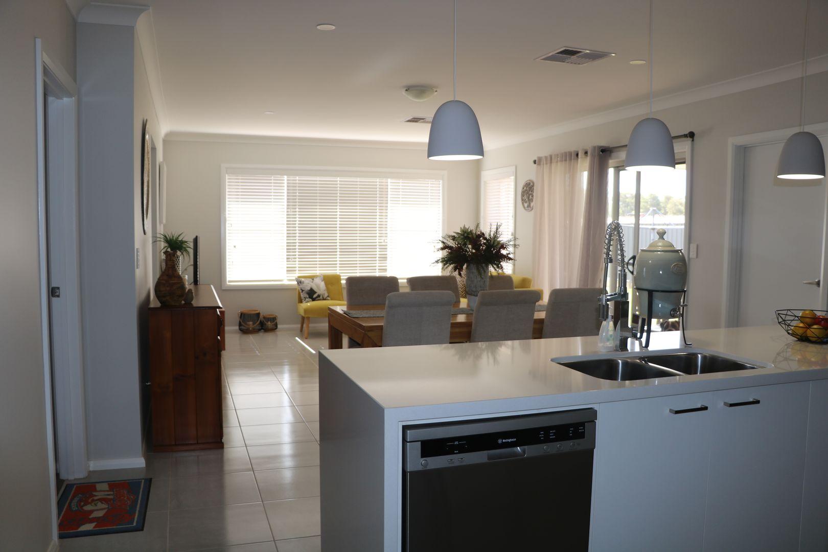 13 Hydrangea Avenue, Parkes NSW 2870, Image 1