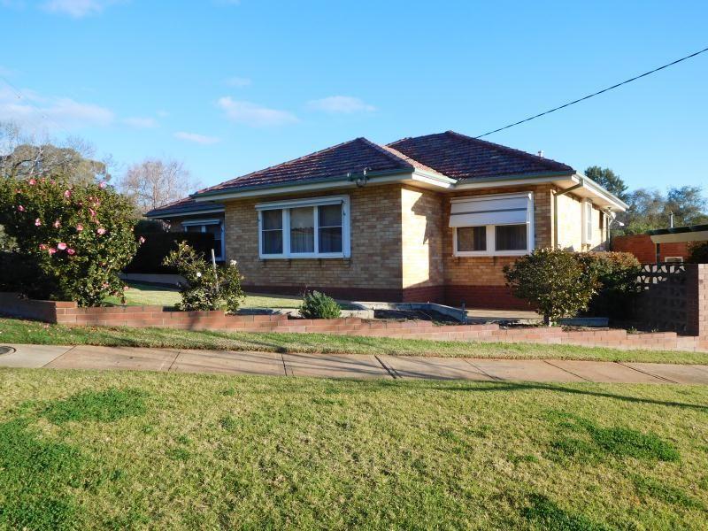 86 Macleay Street, Turvey Park NSW 2650, Image 0