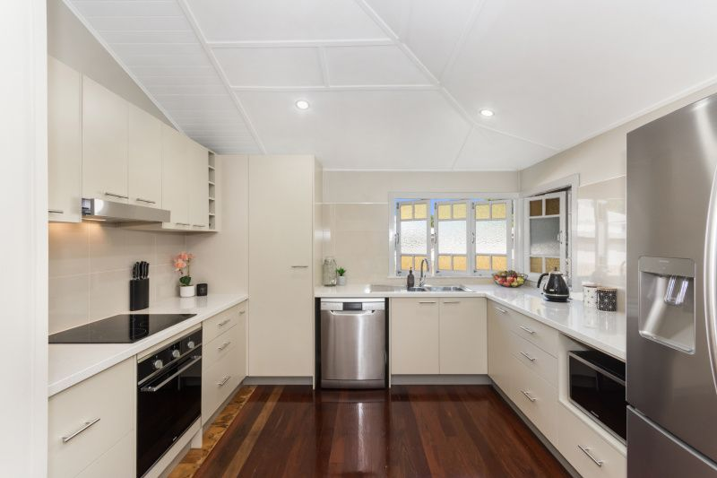 16 Urquhart Street, Currajong QLD 4812, Image 2