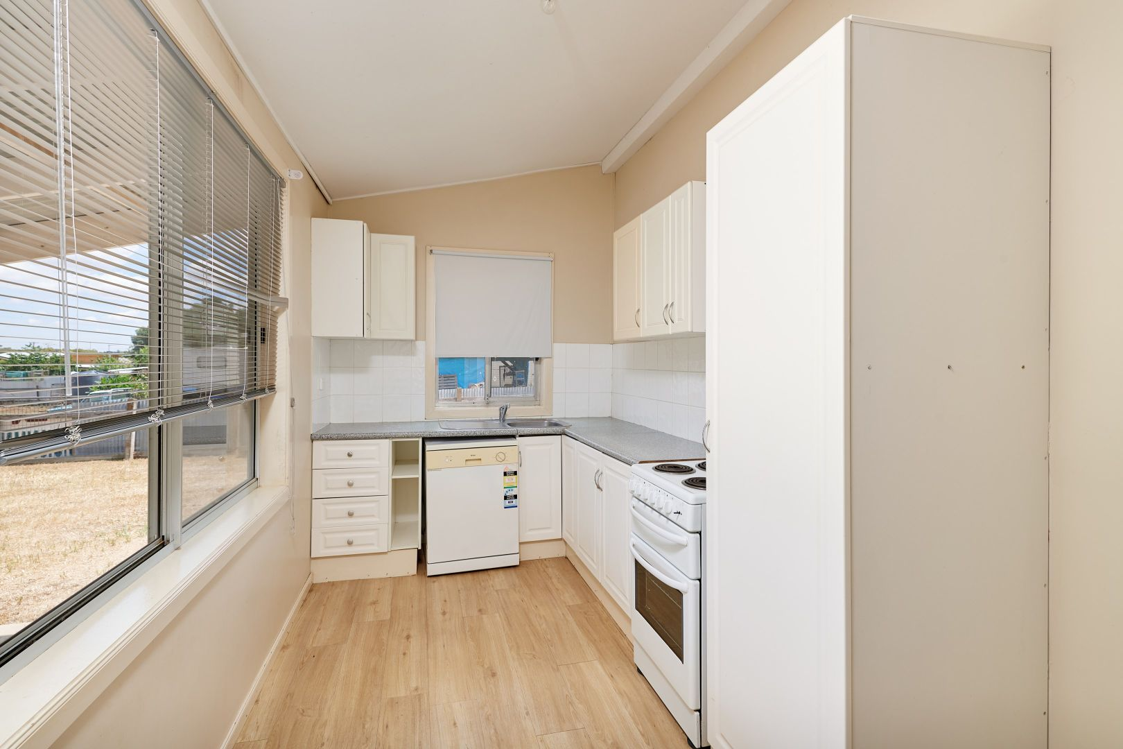 57 Junction Street, Junee NSW 2663, Image 1