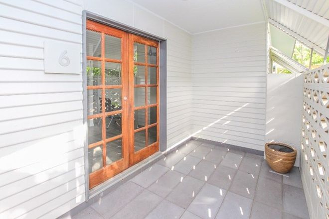 Picture of 6 Swallow Street, MOOROOBOOL QLD 4870