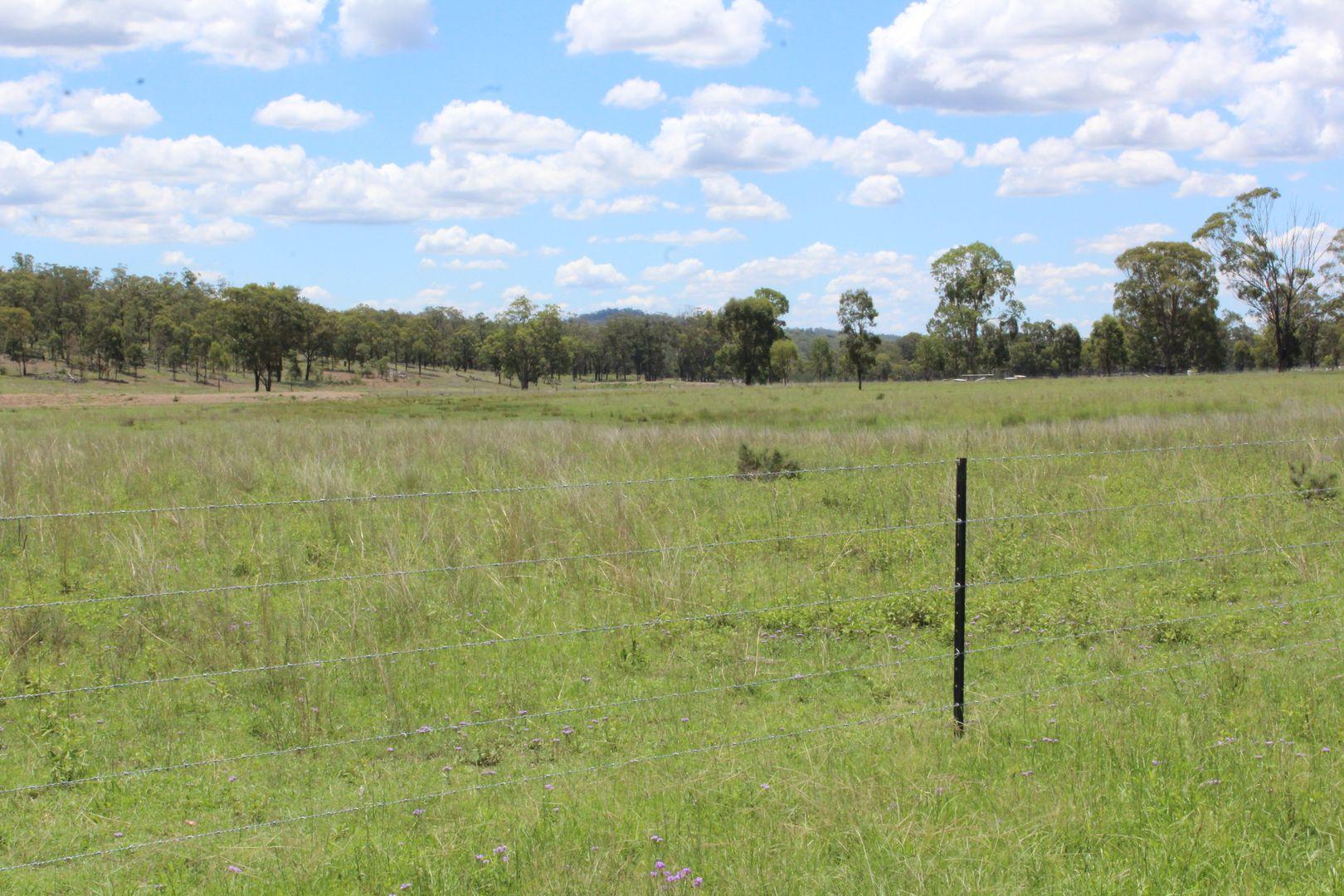 22 Woodford Drv, Cunningham QLD 4370, Image 1