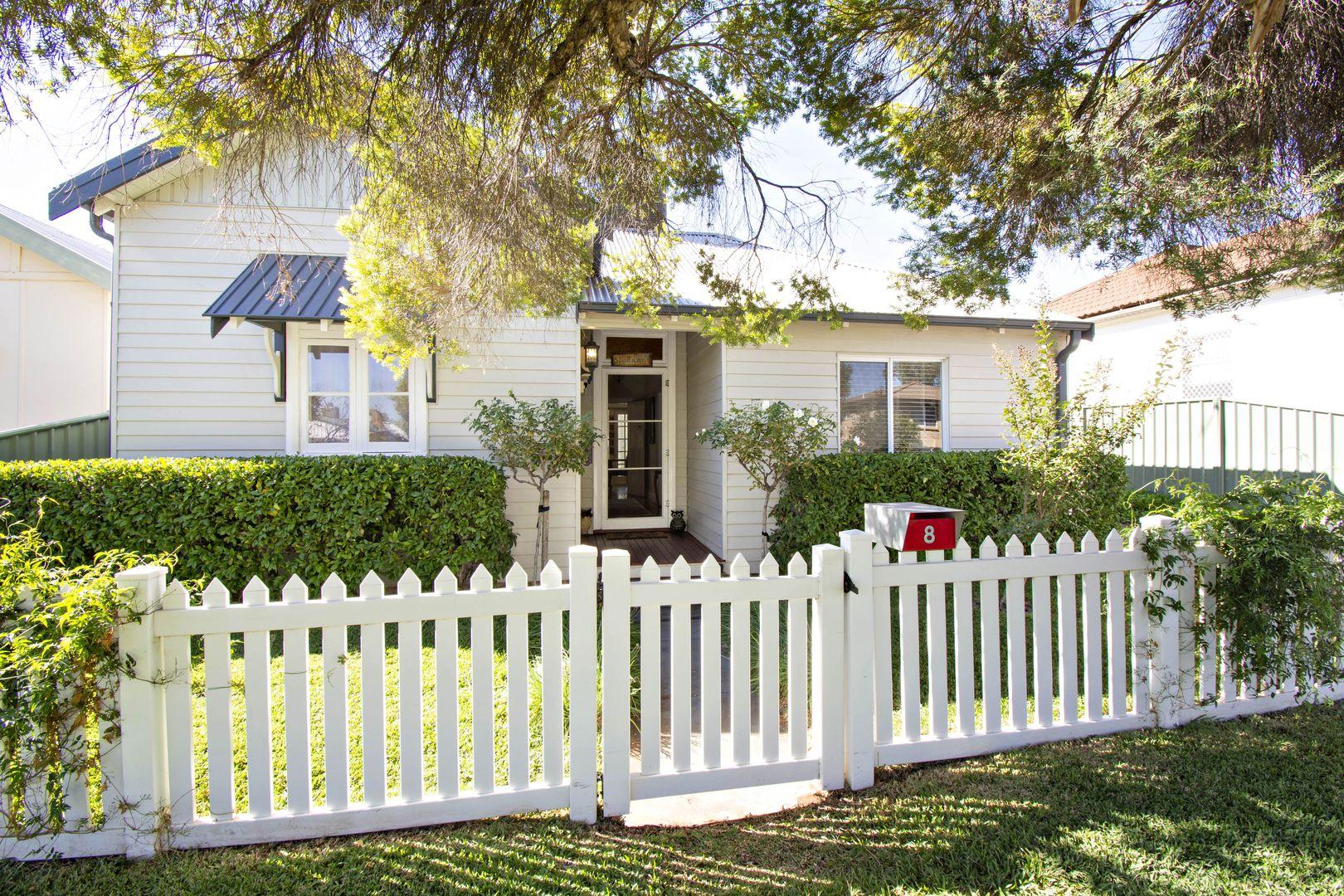 8 Jubilee Street, Dubbo NSW 2830, Image 0