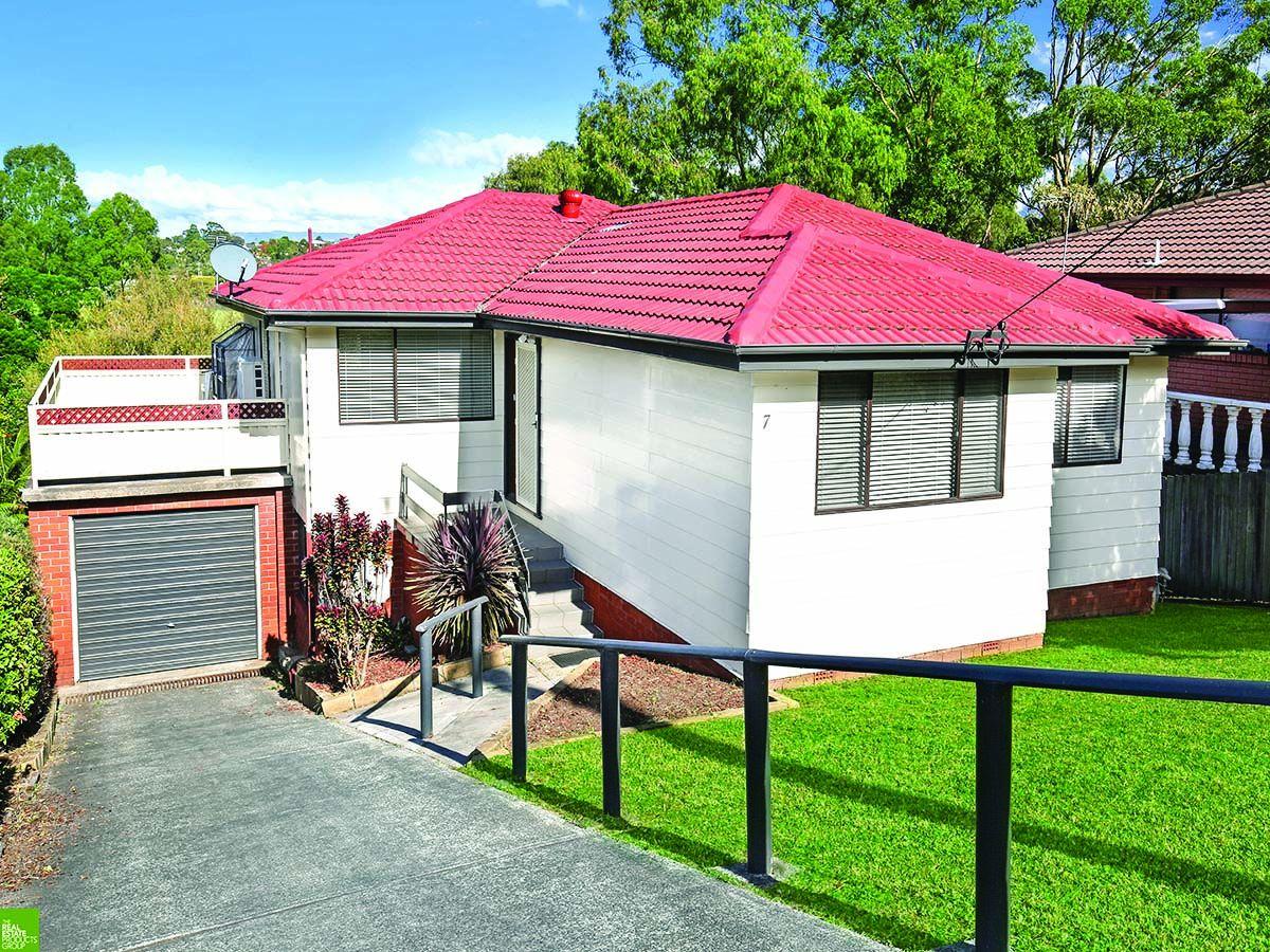 7 Bruce Street, Unanderra NSW 2526, Image 0