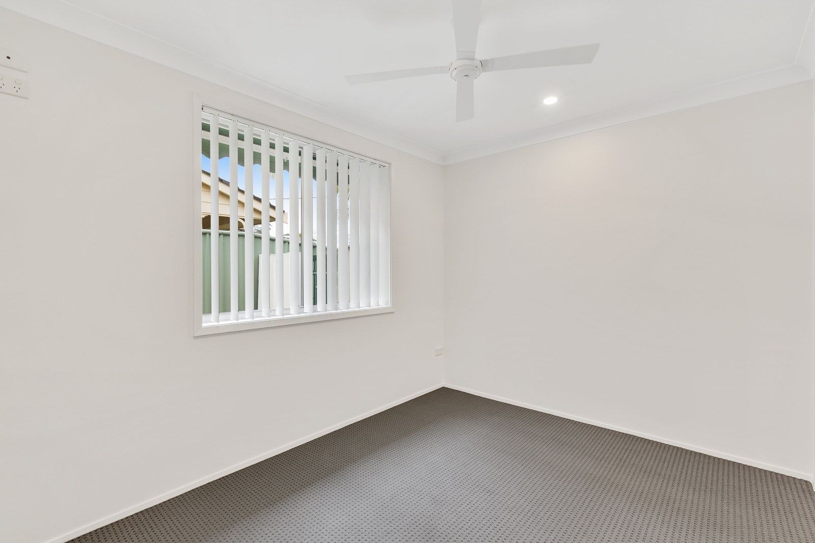 3 Pheasant Avenue, Bateau Bay NSW 2261, Image 2