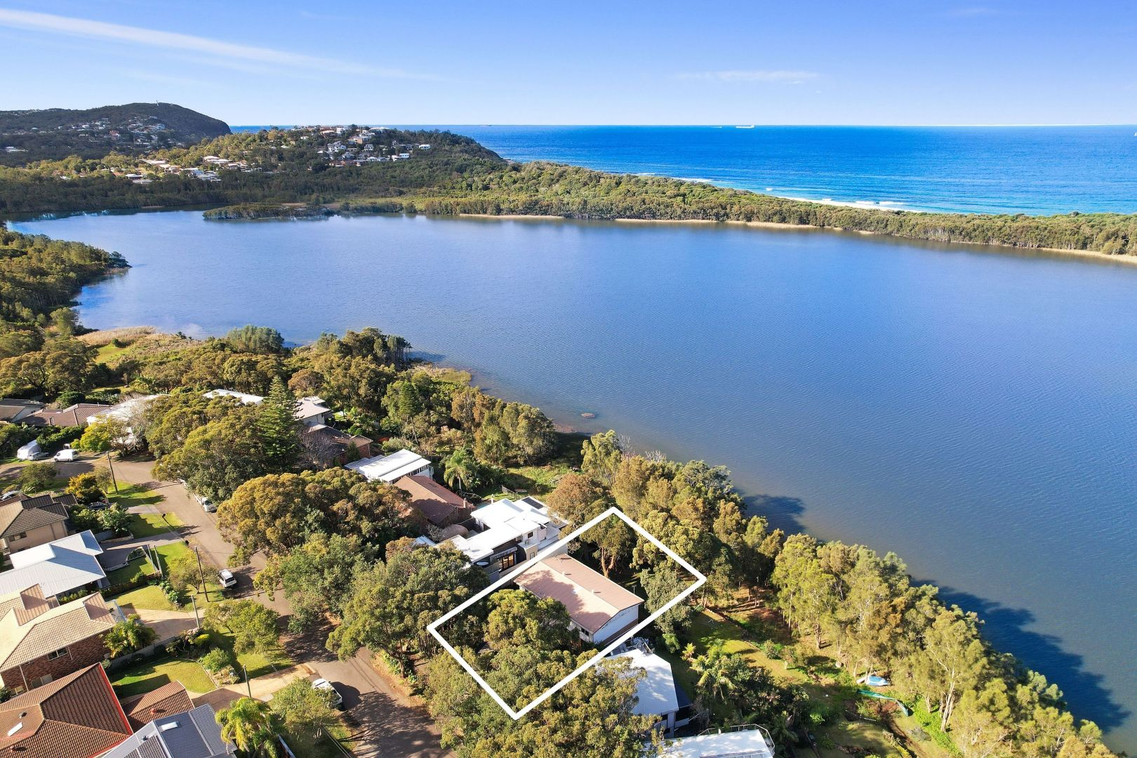 104 Blue Bell Drive, Wamberal NSW 2260, Image 2