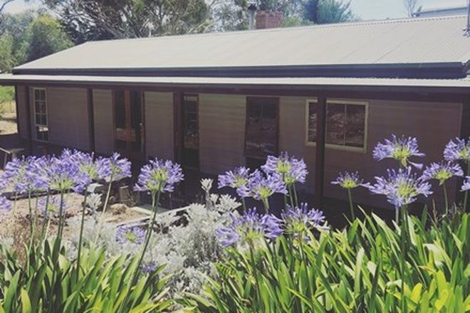 Picture of 24 Willis Court, SMYTHESDALE VIC 3351