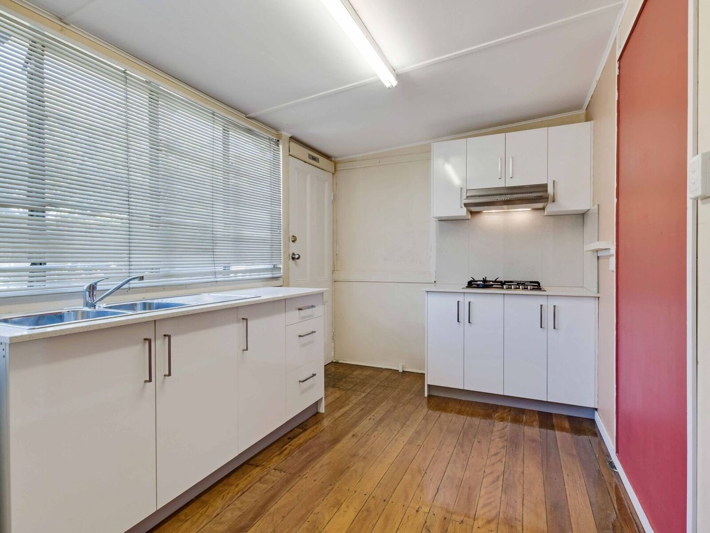 18 Croydon St, Toowong QLD 4066, Image 1