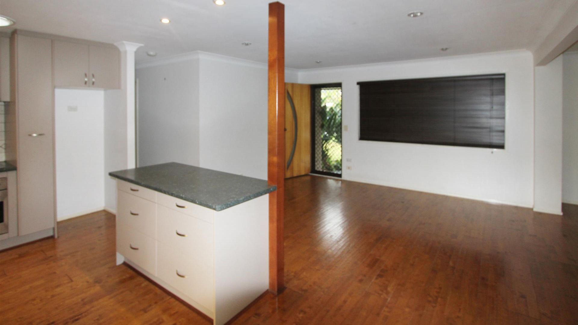 3 Mainsail Street, Currumbin Waters QLD 4223, Image 2