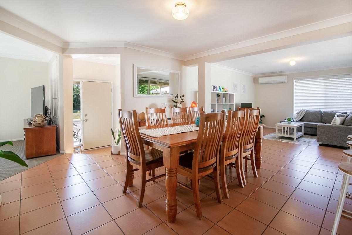 34 Elmhurst Crescent, Flinders View QLD 4305, Image 2
