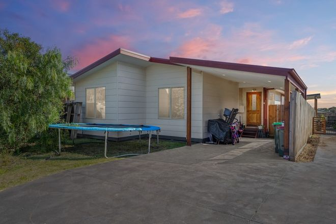Picture of 1/5 Keam Crescent, SAN REMO VIC 3925