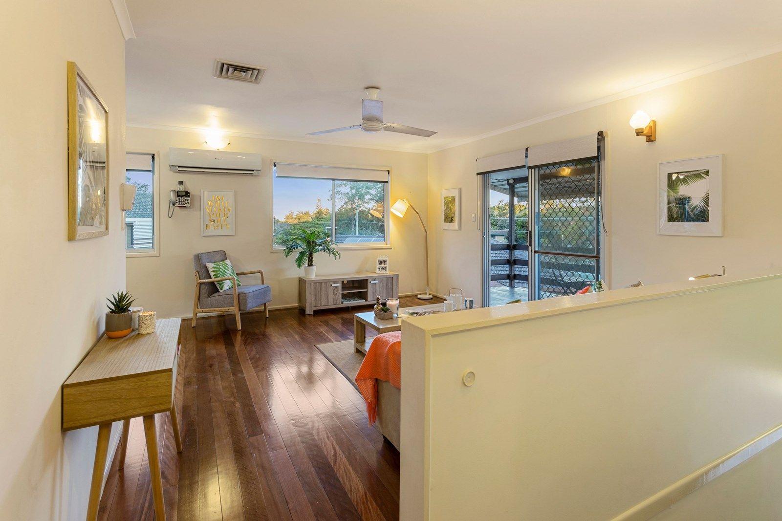 4 Samantha Court, Ferny Hills QLD 4055, Image 1