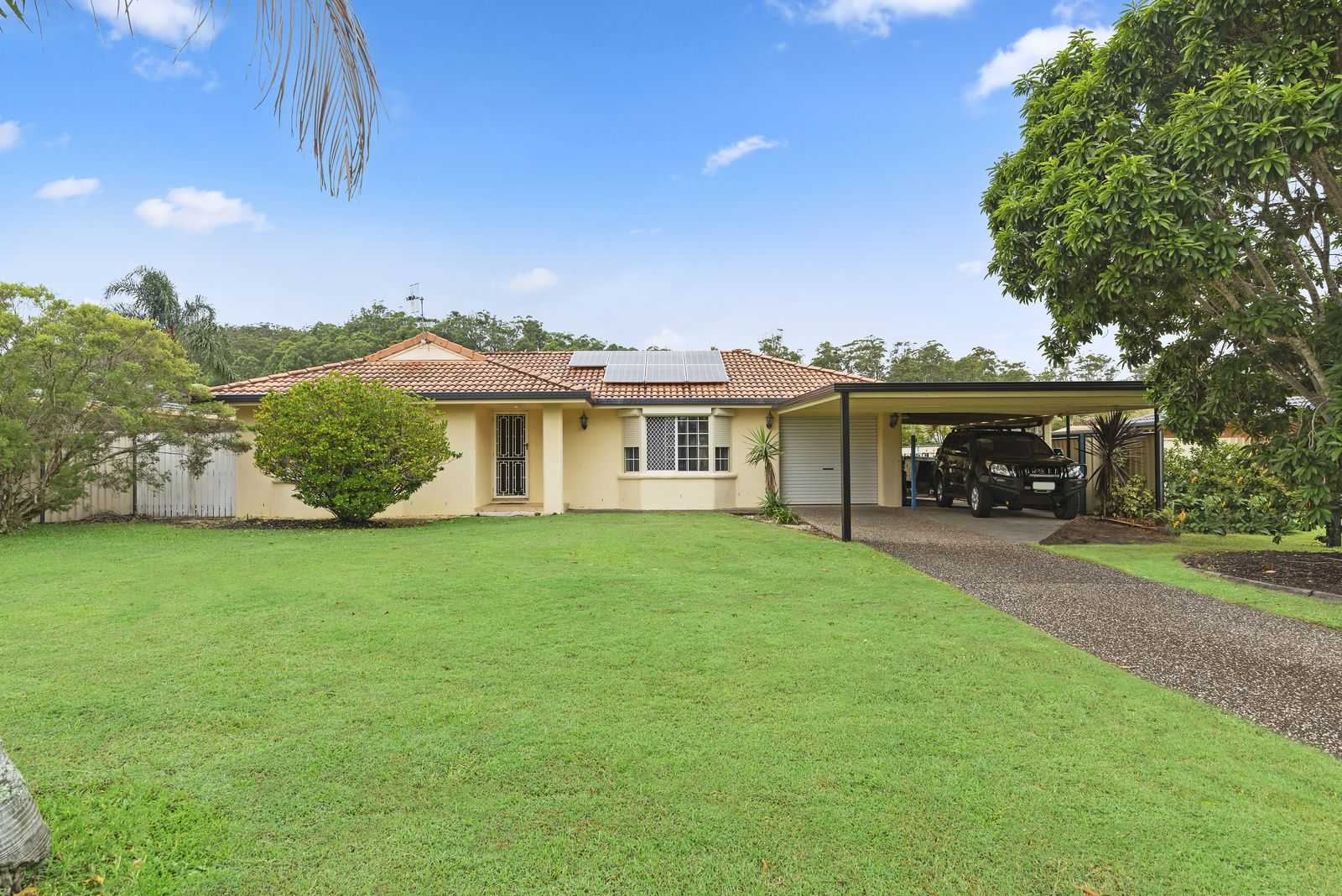 6 Togos Avenue, Currumbin Waters QLD 4223, Image 2